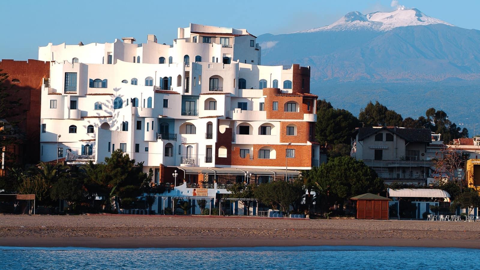 Hotel sporting baia giardini naxos - Hotel giardini naxos 3 stelle ...