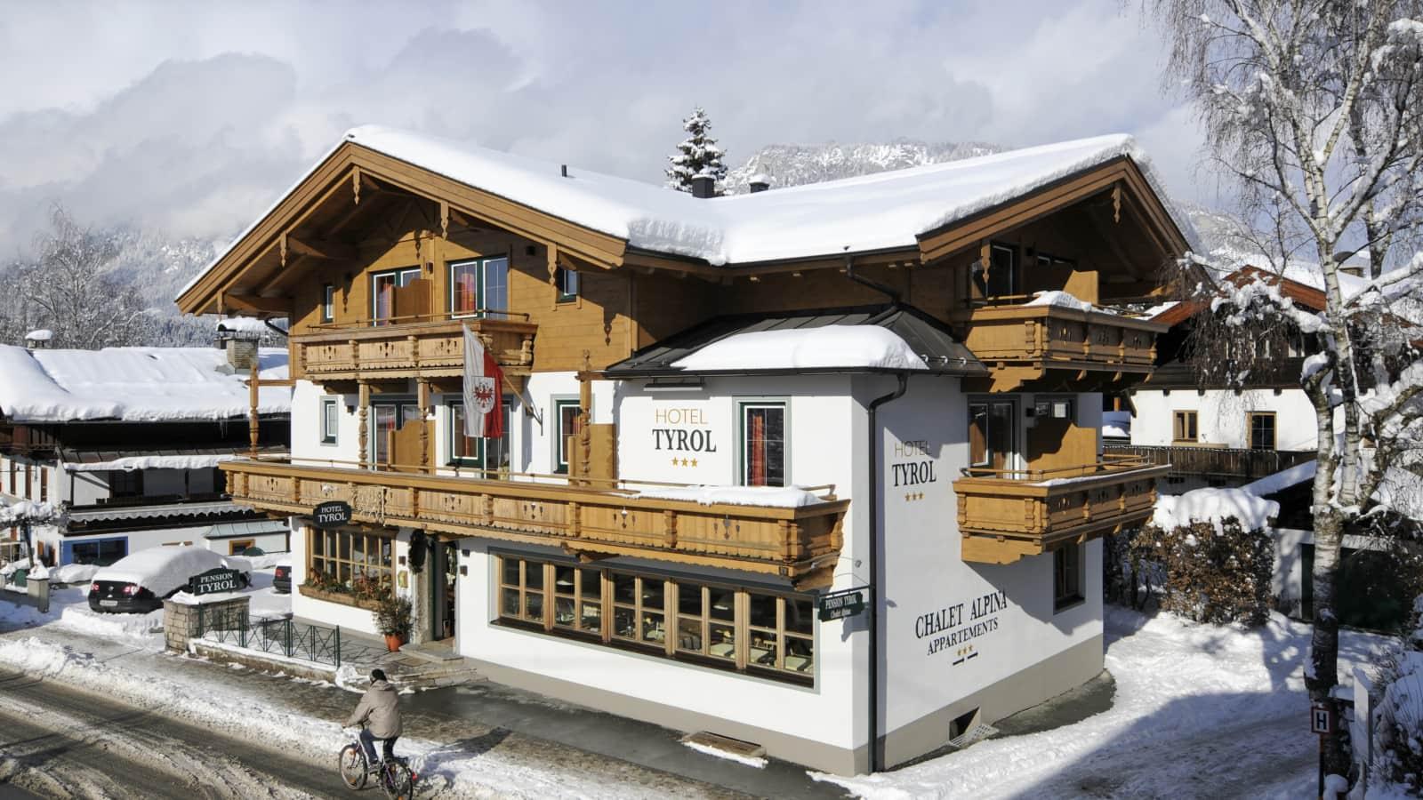 chalet alpina st johann in tirol austria ski holidays from. Black Bedroom Furniture Sets. Home Design Ideas