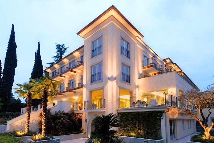 Villa Rosa Hotel Desenzano Lake Garda Italian Holidays