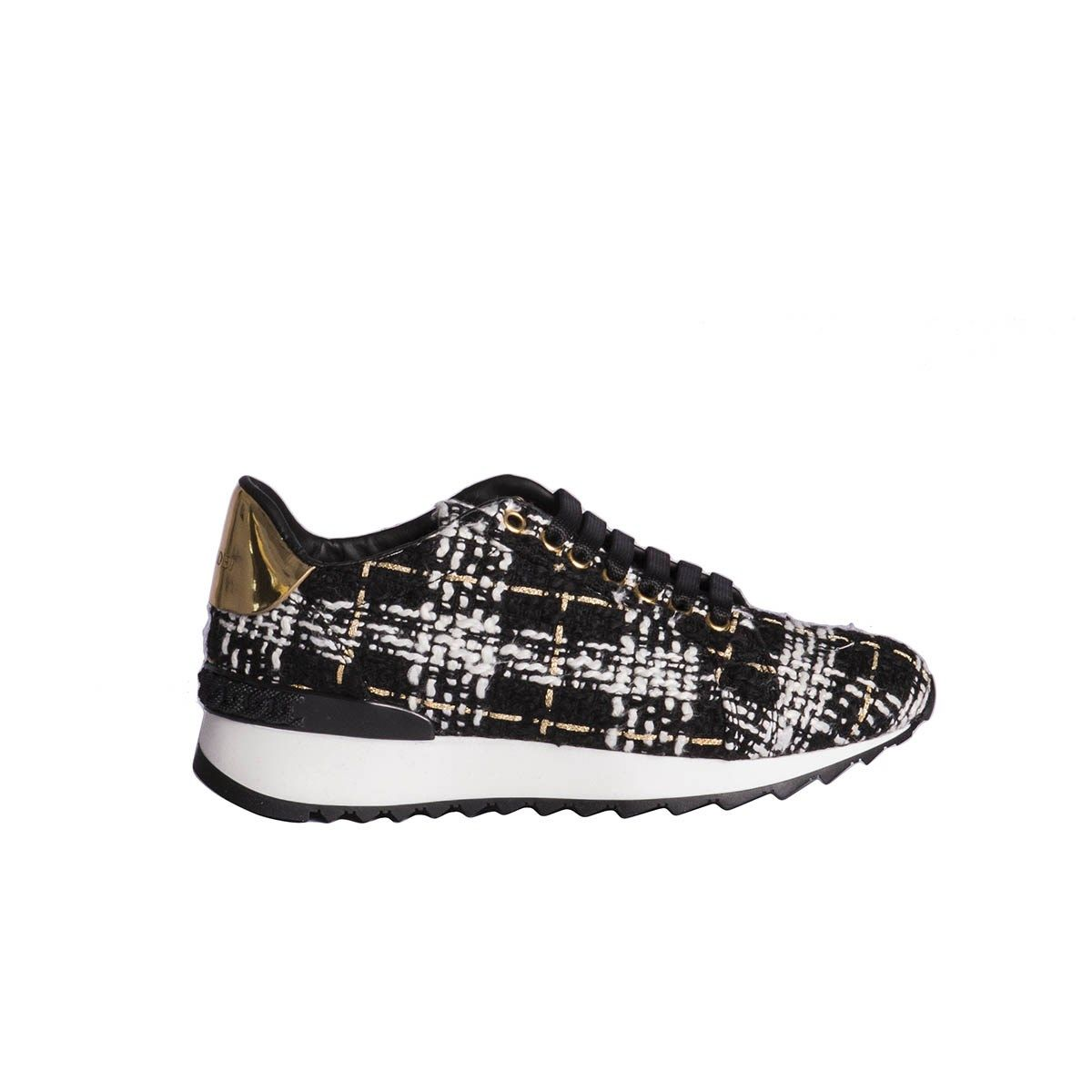 Bouclé Sneakers