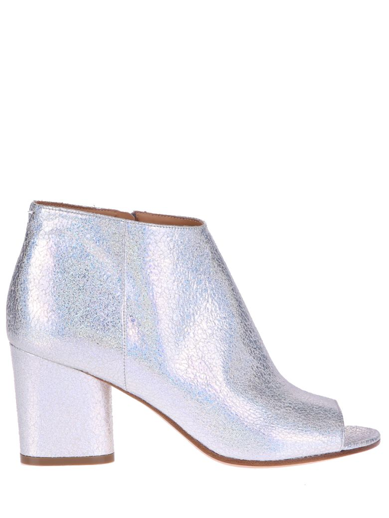 METALLIZED SILVER ANKLE BOOTS