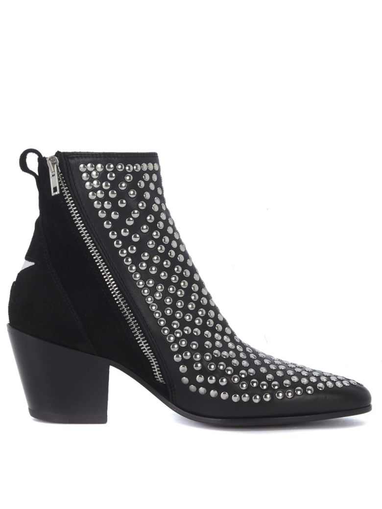 LEATHER AND STUDS TEXAN ANKLE BOOTS