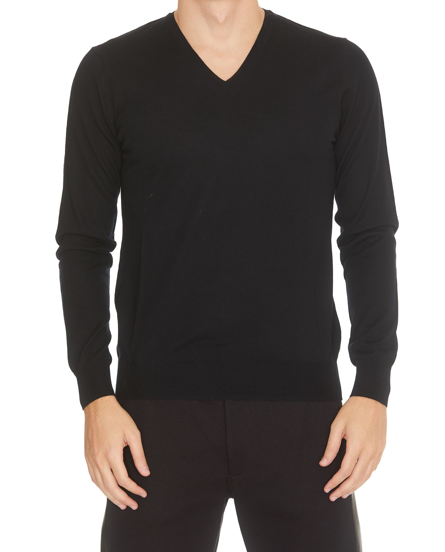 HŌSIO Sweater in Black