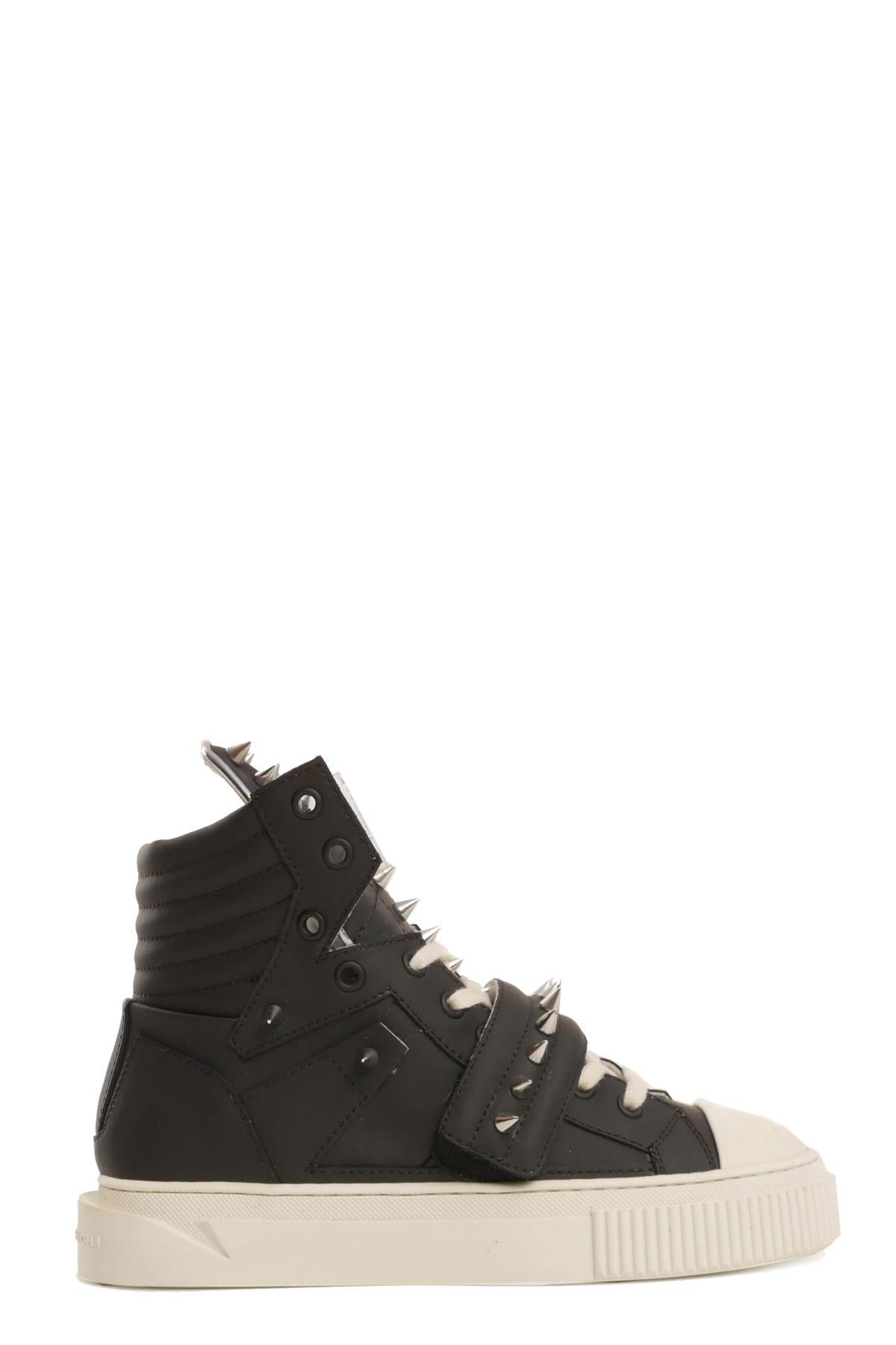 GIENCHI Sneakers in Nero