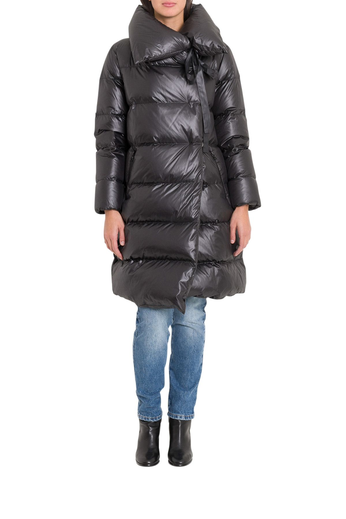 BACON CLOTHING Midi Down Coat in Black