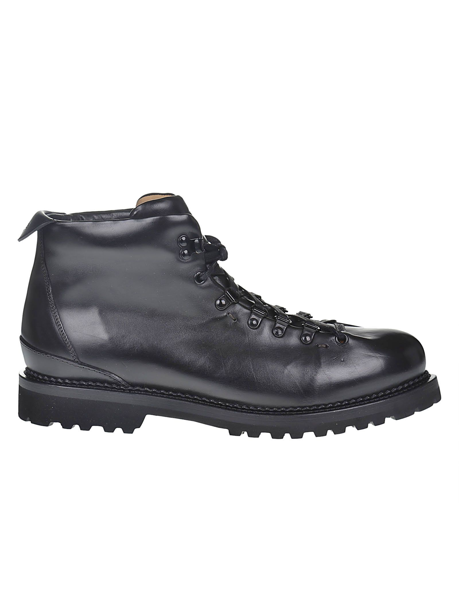 BUTTERO Classic Laced-Up Ankle Boots in Black