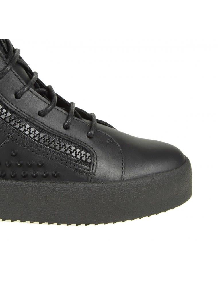 Chaussures De Sport De Conception Zanotti Peut Londres Giuseppe Dans La Peau Avec Des Clous Noirs JUR0ShDS