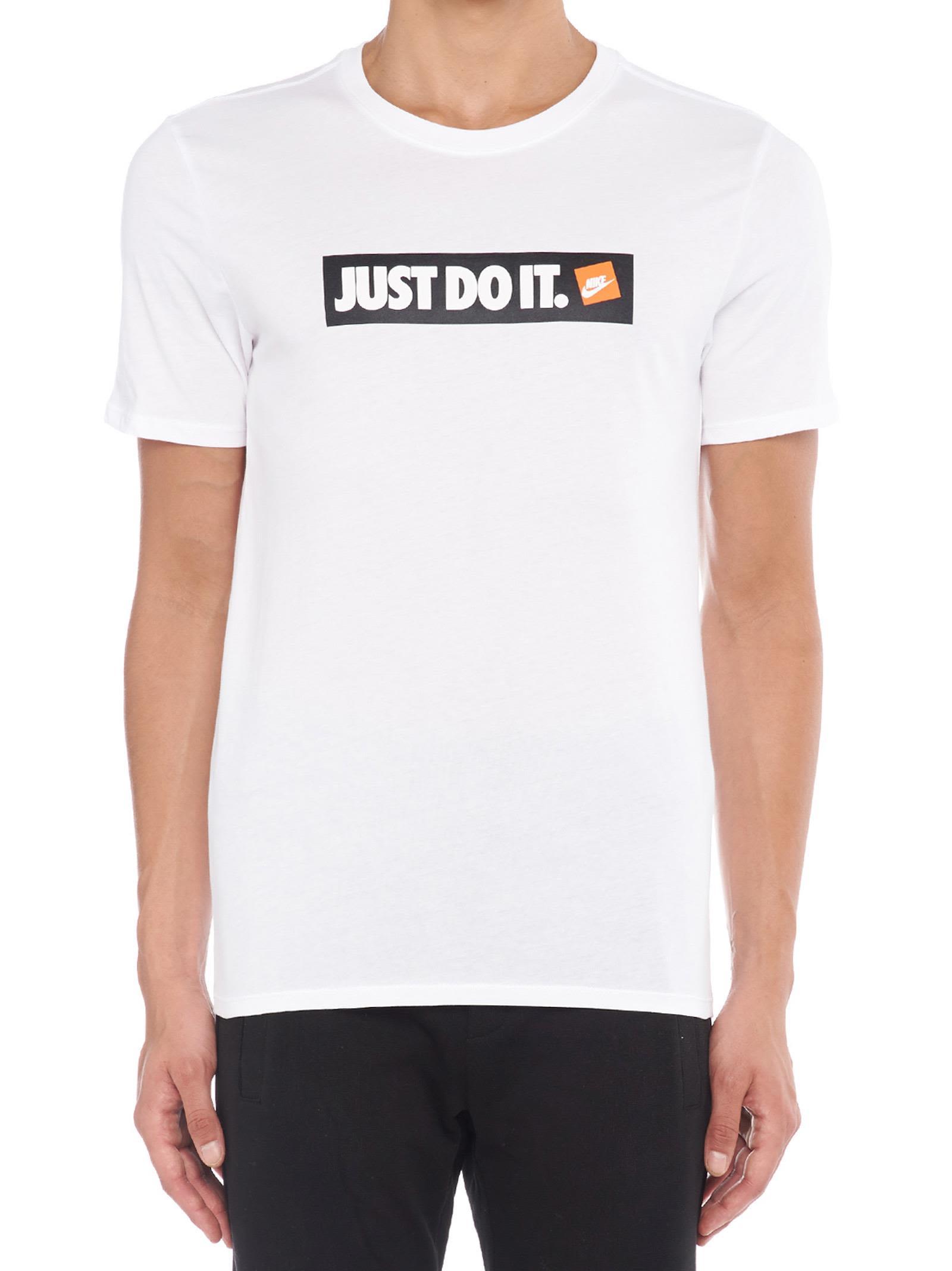Nike Cottons T-SHIRT