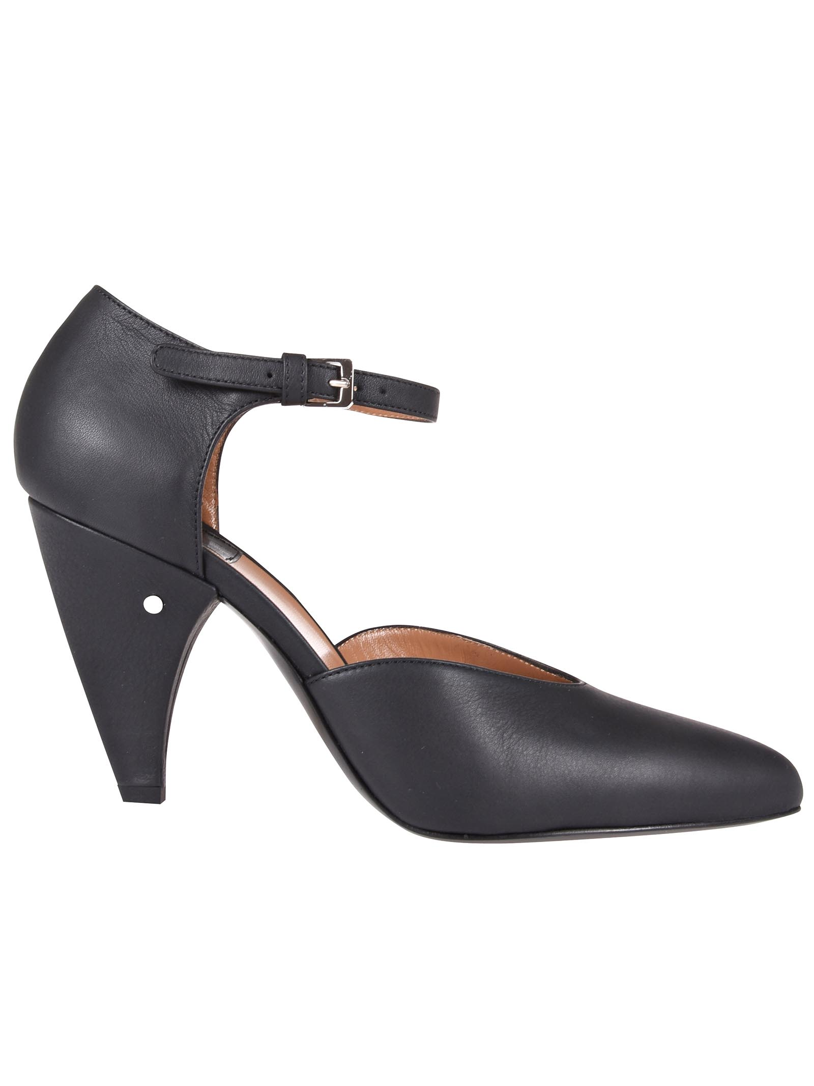 Laurence Dacade SWAN PUMPS