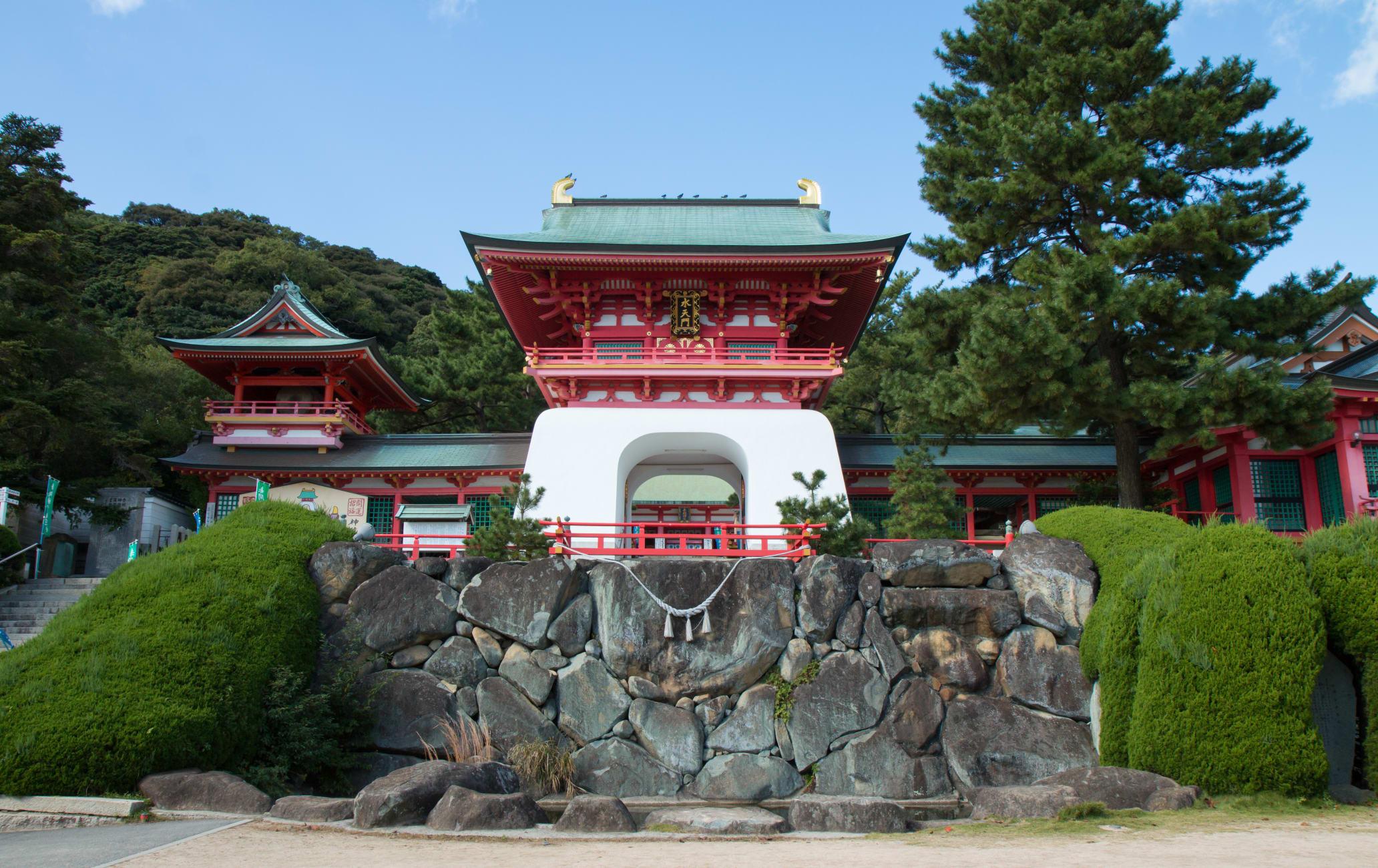 Akama-jingu Shrine