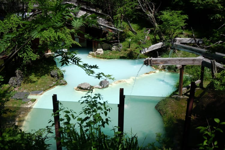 Shirahone-onsen Hot Spring