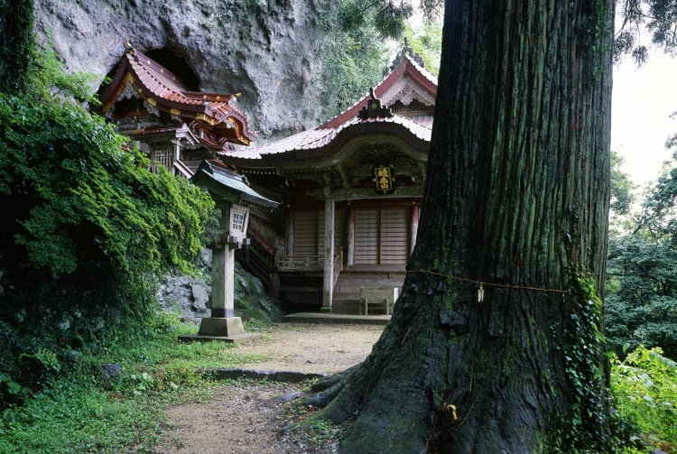 Takuhi Shrine