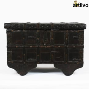 Dark & Rustic Chest - Small