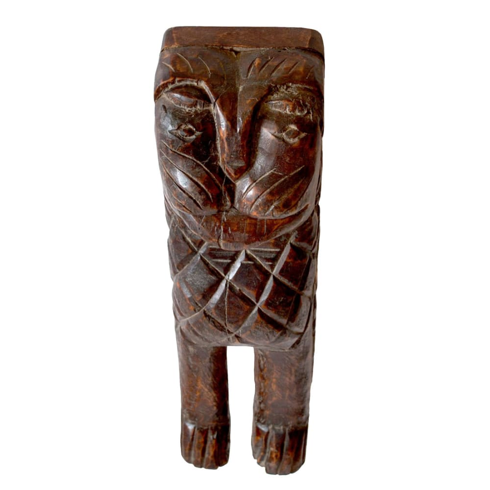 Wall hanging tiger face statue