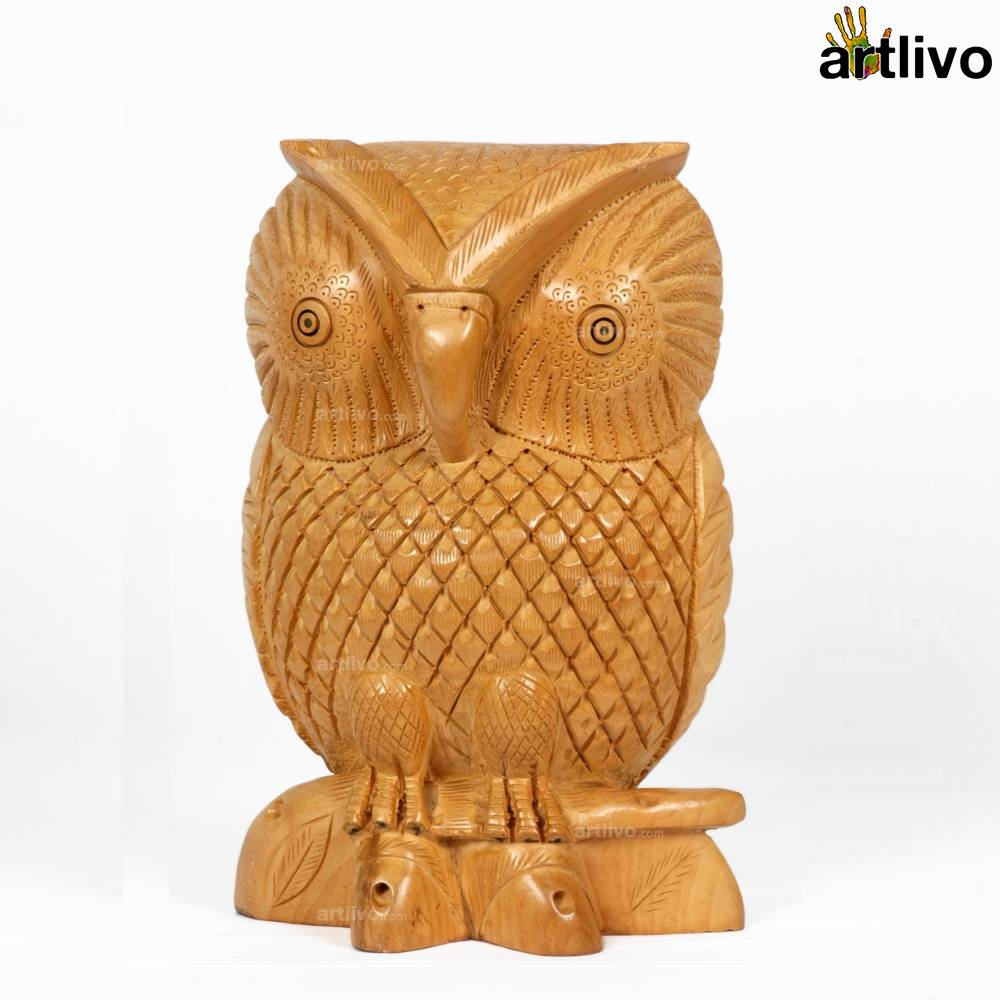 Beautifully Carved Owl - Large