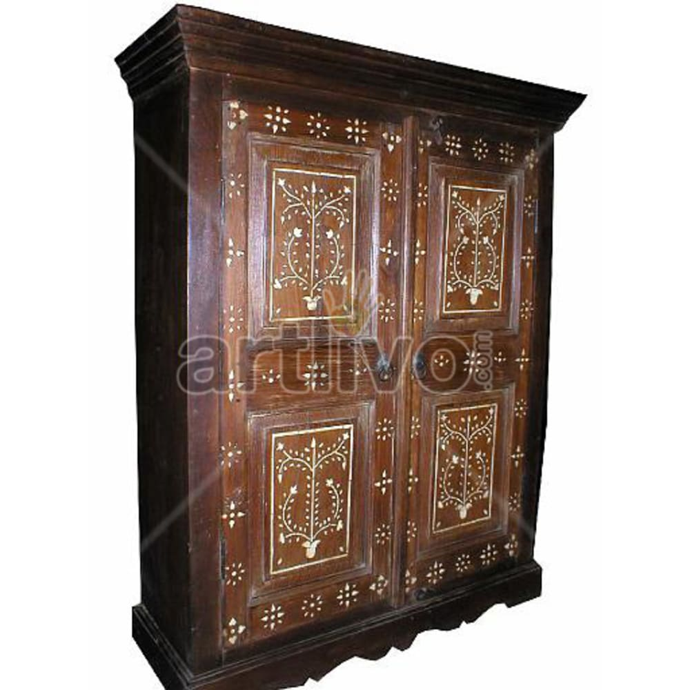 Old Indian Chiselled Palatial Solid Wooden Teak Almirah