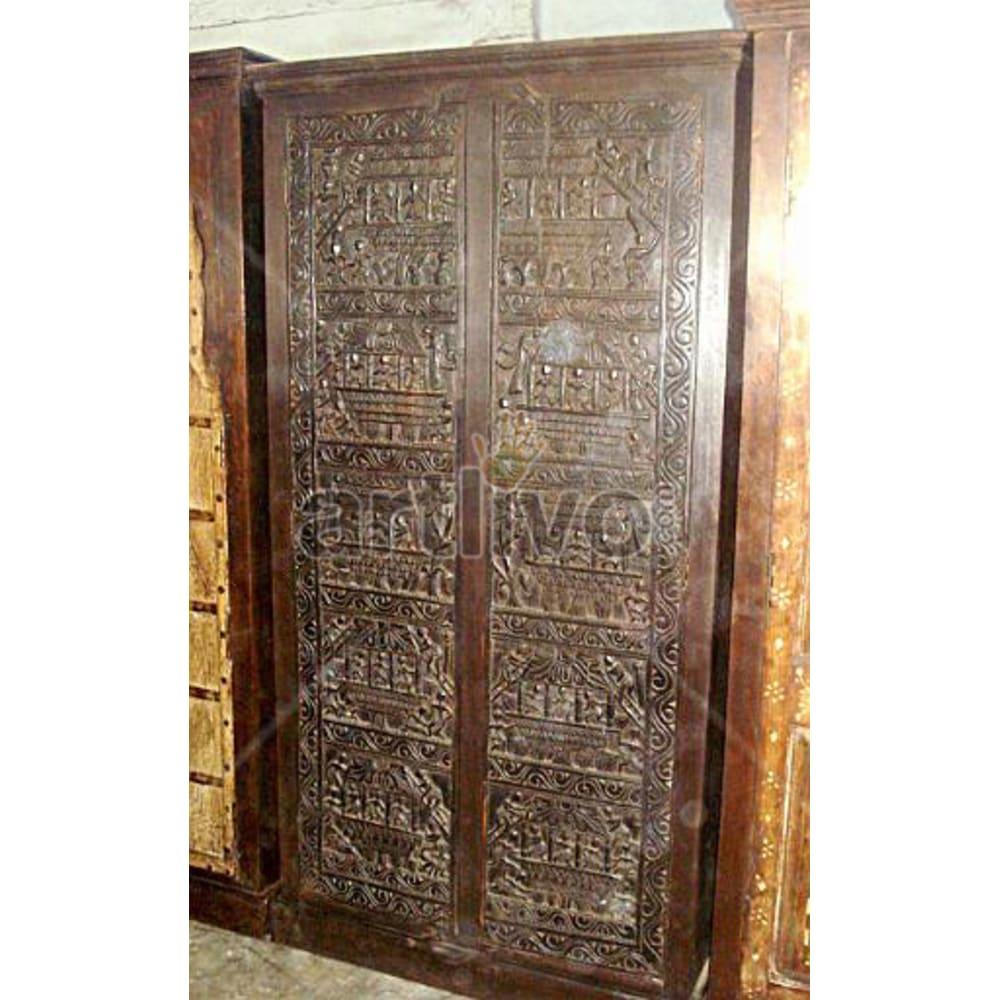 Restored Beautiful Splendid Solid Wooden Teak Almirah