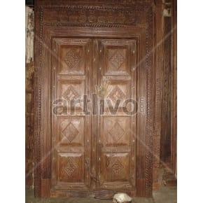 Vintage Indian Chiselled Noble Solid Wooden Teak Door