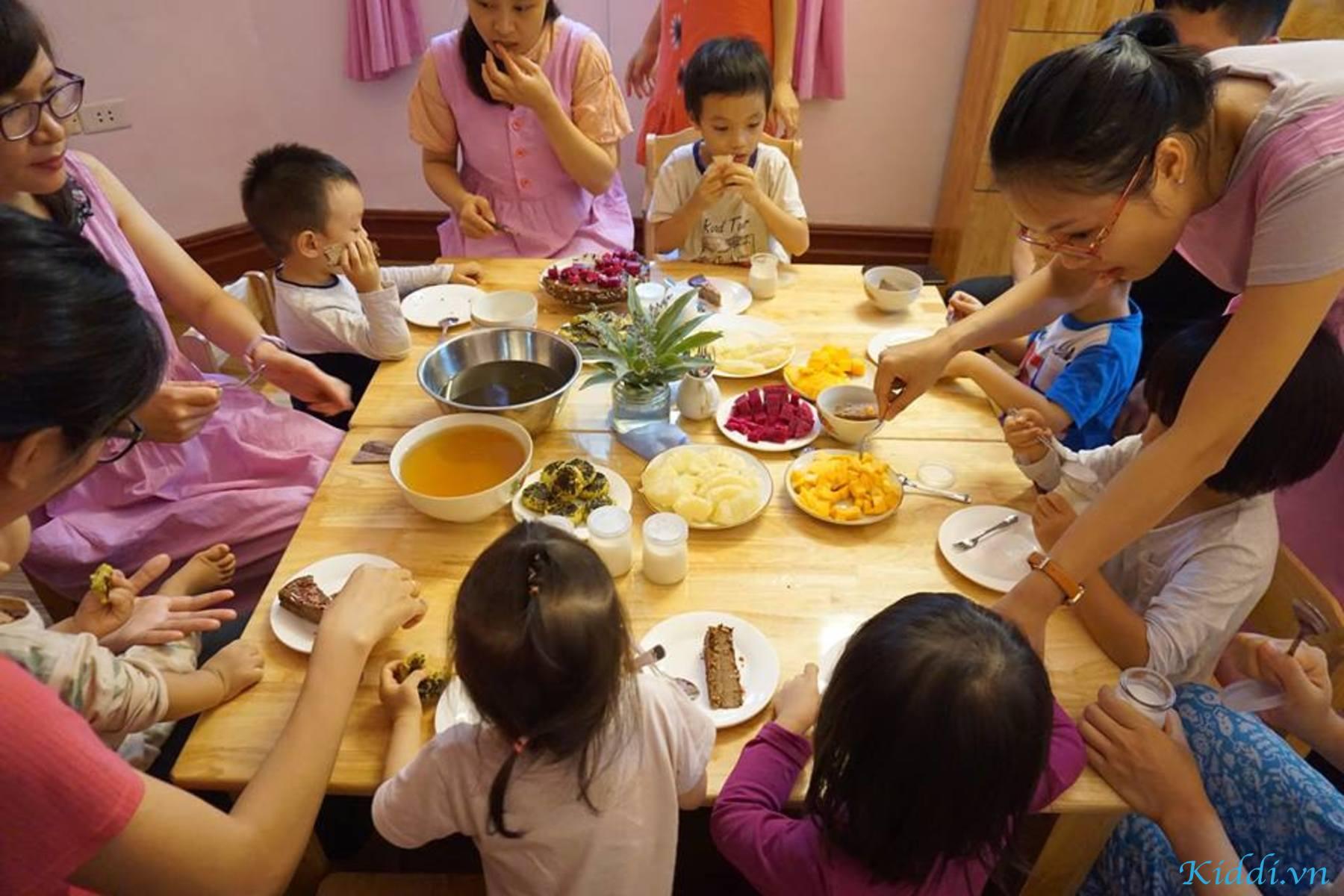 Bữa ăn giàu dinh dưỡng và an toàn cho bé tại Mầm Xanh Steiner