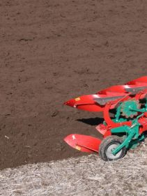 Kverneland 150 S light and robust ploughing in stony soils