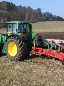 Kverneland 150 S Variomat, customized for high performance combined with low fuel consumption
