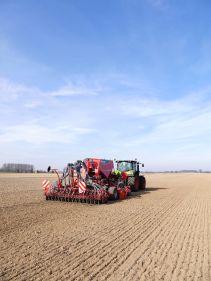 Kverneland, seeding, sowing,