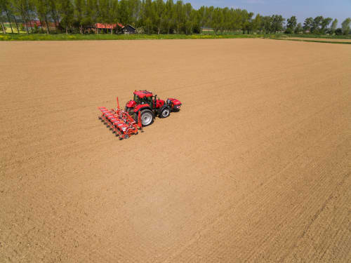 Kverneland iXtra LiFe, apply the liquid fertiliser during seeding, ISOBUS integrated