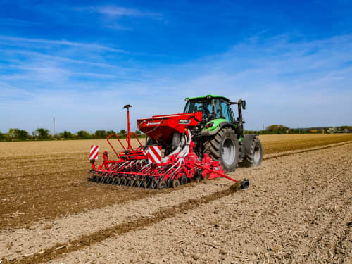 Pneumatic seed drills - Kverneland S-Drill,  heavy-duty version of the DA, widths of 3.00, 3.50 and 4.00m