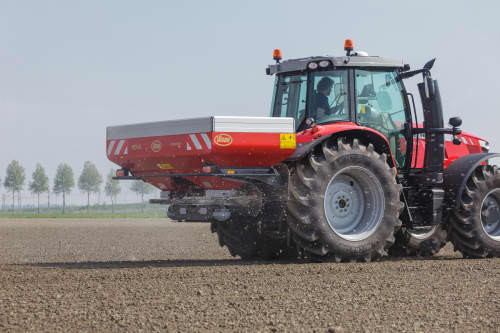Disc Spreaders - Vicon RotaFlow RO-XL, provides long range spreading, optimal with more capacity