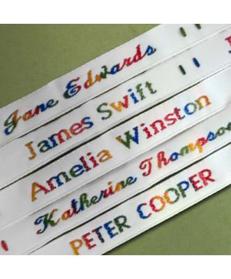 Etiquetas para coser arcoíris