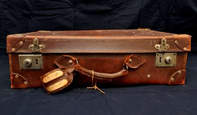 Suitcase used by Ben Chifley