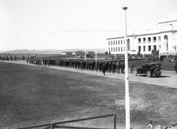 Anzac Day march past the newly completed Parliament House, 25 April 1927. NationalArchivesofAustralia:A3560,2919