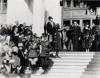 Dame Nellie Melba works up an appetite singing God Save the King at the Parliament House opening ceremony, 9 May 1927. Image: National Library of Australia