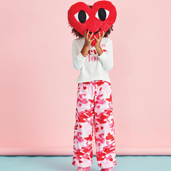 Picture of Camo Hearts Plush Pants