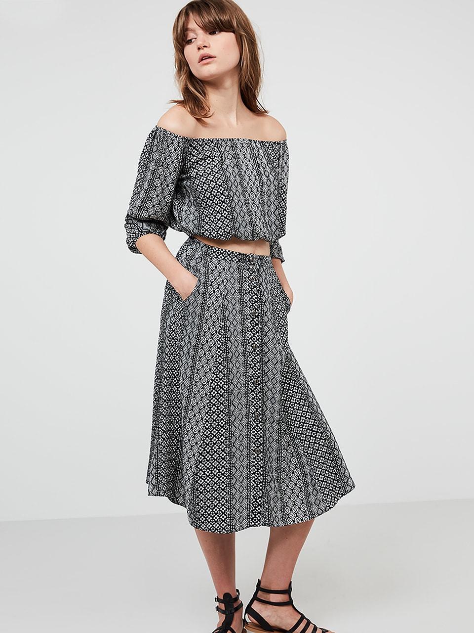 Black/Cream Button Through Tile Print Skirt