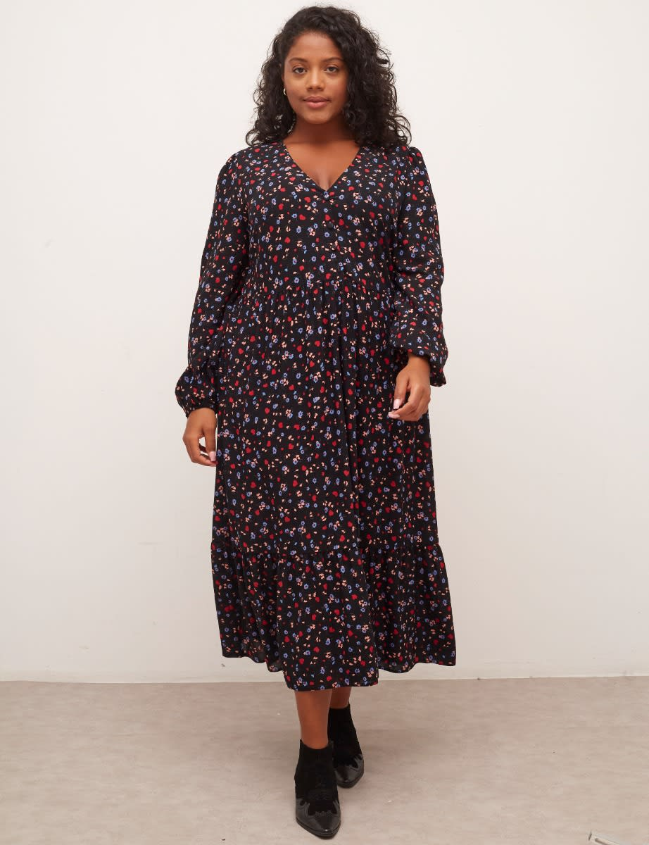 Curve Black Ditsy Heart and Floral Izzy Midi Dress