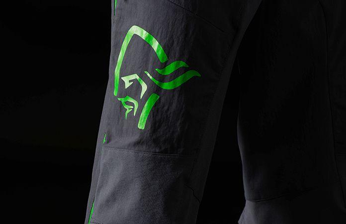 norrøna fjørå shorts til herre, norrøna logo