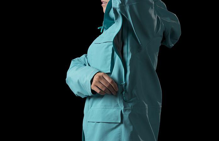 Norrøna svalbard jakke til dame i Gore-Tex