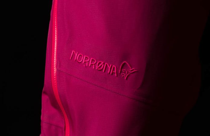 Gore-Tex Norrona pants for girls - falketind