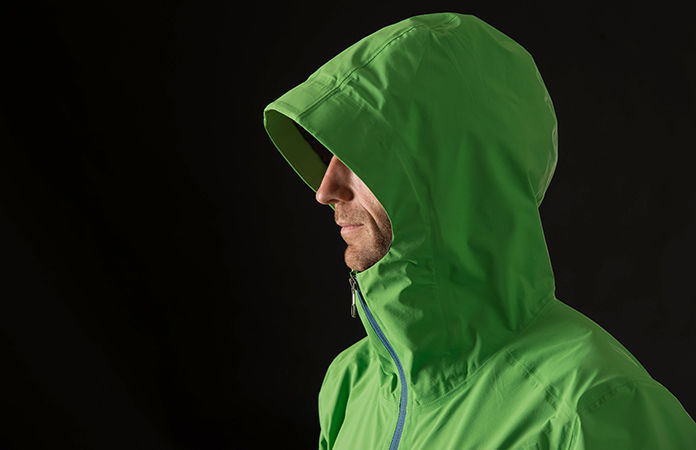 Norrøna /29 rain coat for men - comfortable hood