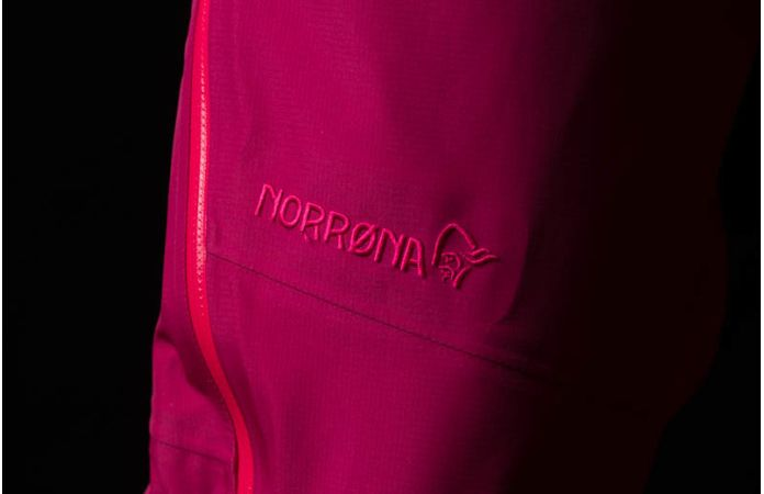 Gore-Tex Norrona pants for girls - falketind