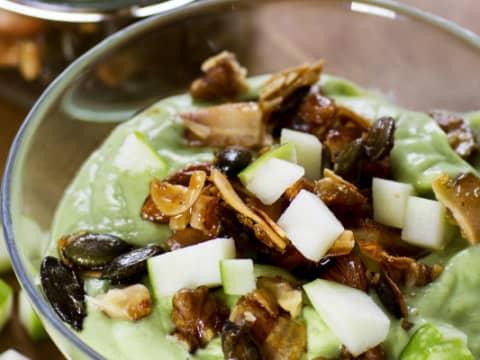 kuva-Omena-smoothie-bowl