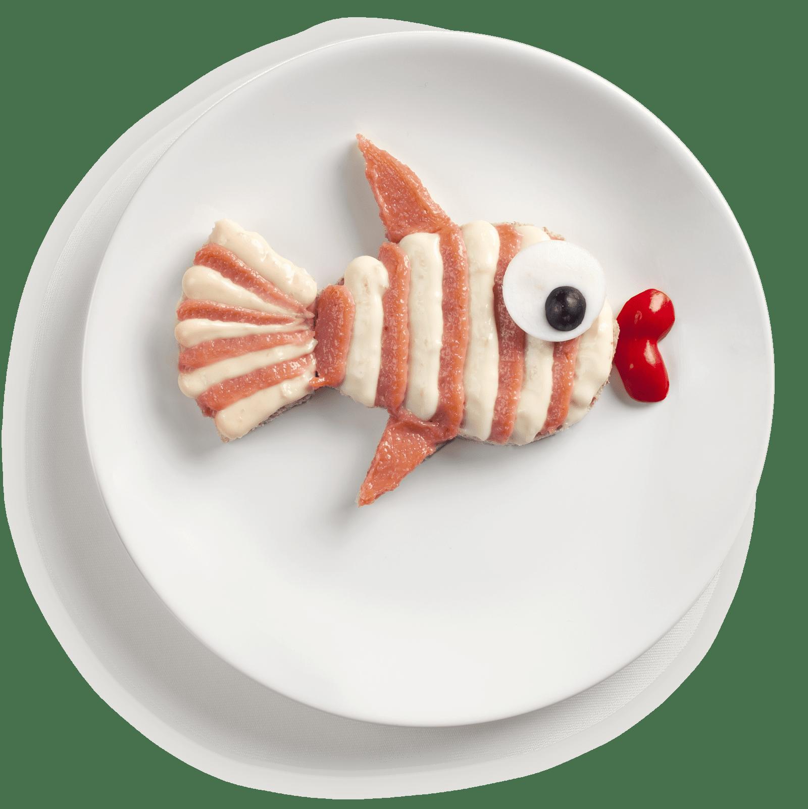 En brødskive med kaviar og smøreost kan i skjønn forening med litt paprika og egg bli til en frokost med finner! Hvis du ikke er dreven på å skjære ut figurer, kan du bruke pepperkakeformer.