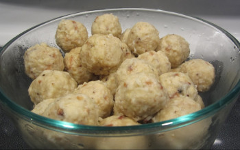 Cajun Matzah Balls with Green Onion