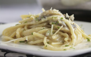 Garlic and Mushroom Linguini