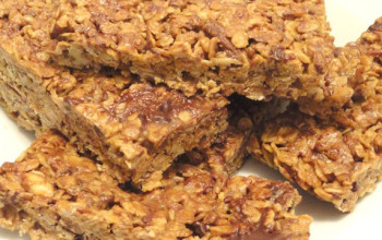 Peanut Butter and Granola Squares