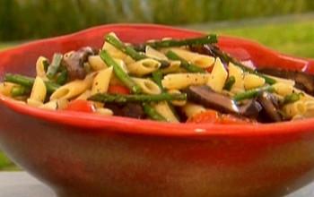 Portobello & Asparagus Pasta Salad (Pre-Yom Kippur)