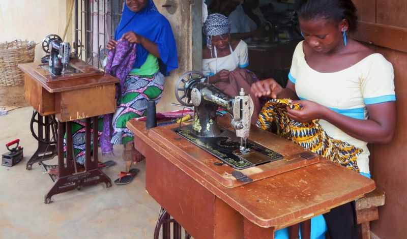 Voisins Solidaires Togo: Togo Sewing Workshop: Become an Ambassador of Togolese Fashion!