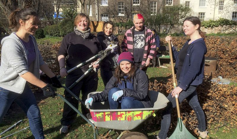 Calthorpe Project: Plant & Build in a Sustainable Garden