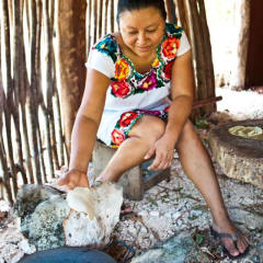 Mayan community traditions